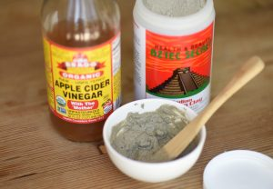 bentonite clay - apple cider vinegar